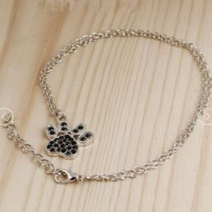 4/$25 New Paw Print 🐾 Necklace